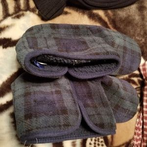 Other - 💜💜$5 💜💜Men's Cozy Cushioned Slipper NWT